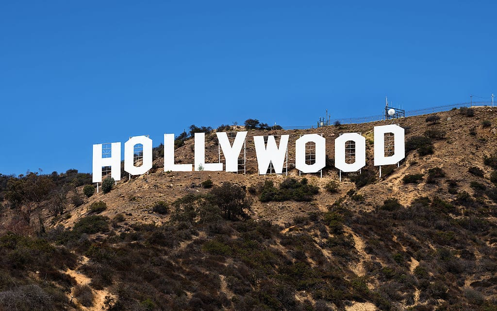 Hollywood Sign - Translation Royale