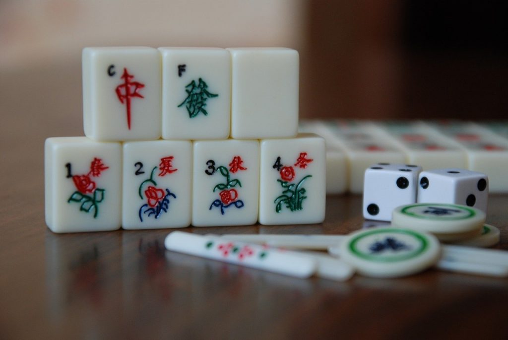 Mahjong Tiles - Top 5 gambling activities in Asia - Translation Royale