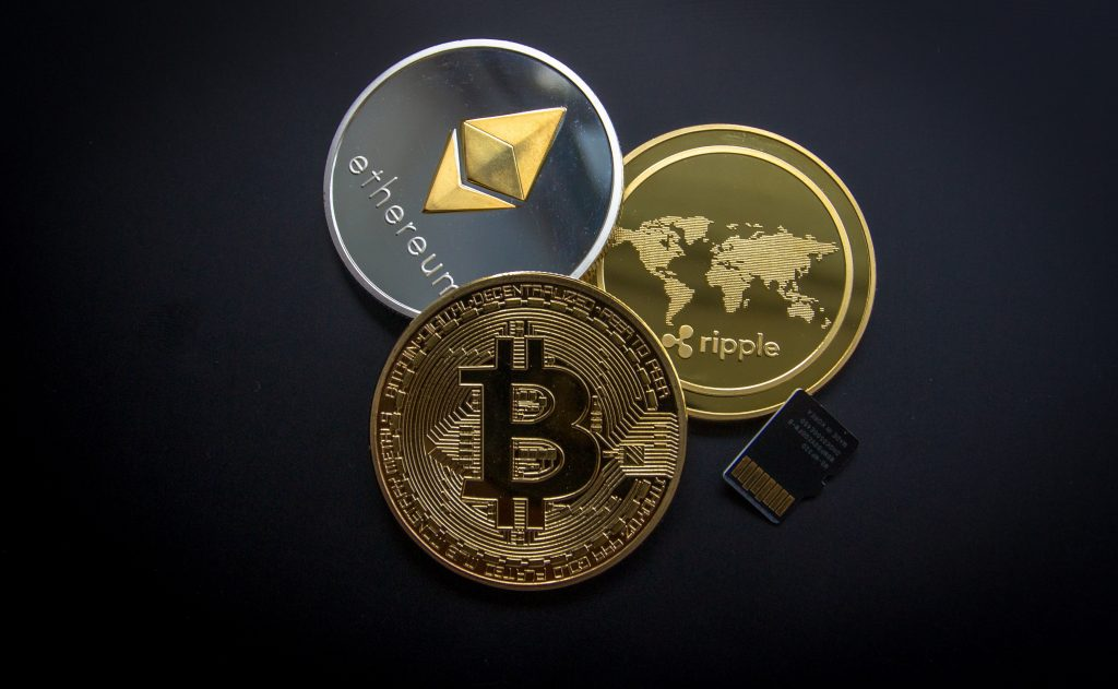 How to Gamble With Cryptocurrencies - Translation Royale