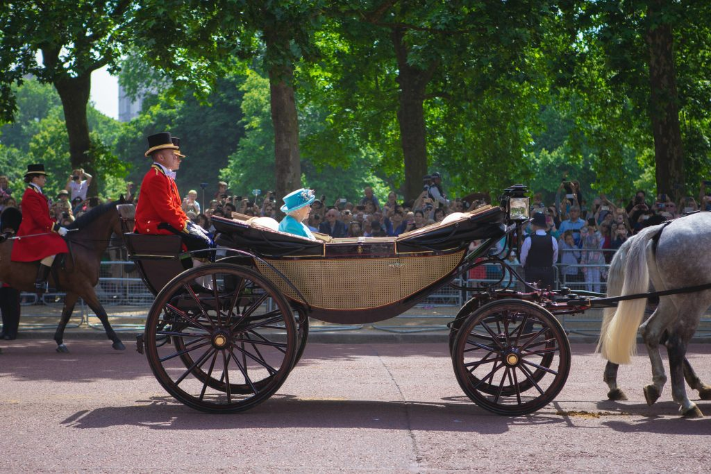 Royal Baby Odds - The Best Paddy-Powered Publicity Stunts Ever - Translation Royale